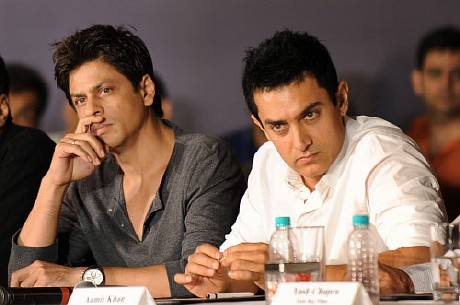 Shahrukh Khan Versus Aamir Khan The Real Dope Fight Club