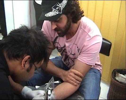 Hrithik Roshan tattoo « F.i.g.h.t C.l.u.b