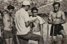 Ray directs Soumitra, Subhendu and Rabi, Bihar 1970